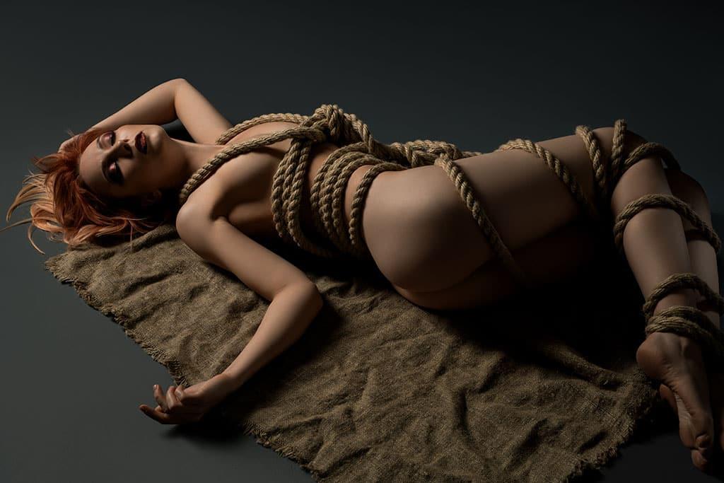 Bondage Pornos zählen auf den BDSM Tubes zu den beliebtesten Sexvideos