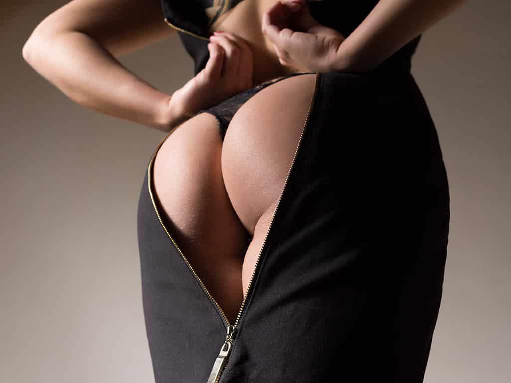 Lass dich beim Sextreffen mit den dominanten Kaviar Ladies zur menschlichen Toilette erziehen
